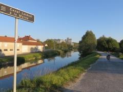 Canal latéral