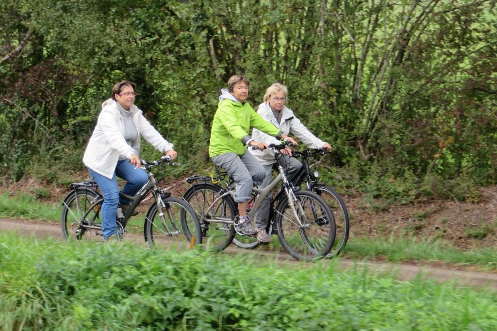 Les dames à vélo