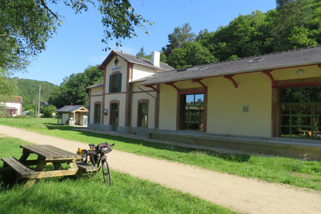 Ancienne gare de Scriniac-Berrien