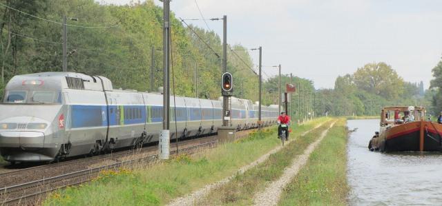 Assez Vélo+train/Vélo+bateau… « Vélo-Canaux-Dodo YF08