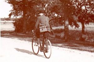 Henri sur son vélo en 1895